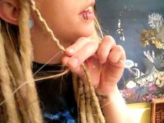 Double Ended Synthetic Dread Lock Installation Tutorial  Seriously easy in and out. I have to do this!
