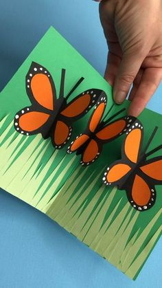 Easy Pop Up Butterfly Card - Red Ted Art - Gorgeous POP UP butterfly cards for kids and grown ups to make. Super easy and fun technique. Such happy colours. Perfect for a Birthday Card, teacher's card or Mother's Day Card! So sweet. Find out more today! Paper Crafts For Kids, Fun Crafts, Card Crafts, Quick Crafts, Craft Cards, Crafts For Kids To Make, Nature Crafts, Preschool Crafts, Projects For Kids