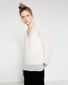 Image 2 of V-NECK TOP from Zara