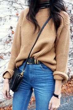 Le Fashion Camel Sweater Fall Winter Style Striped Turtleneck Crossbody Bag Black Gold Round Watch High Waisted Jeans Long Wavy Hair Via If You Seek Style photo by lefashion Mode Outfits, Casual Outfits, Fashion Outfits, Fashion Trends, Sweater Outfits, Casual Jeans, Jeans Style, Casual Dresses, Vegas Outfits