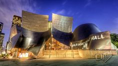 Discover Downtown Los Angeles Car Free | Discover Los Angeles (by walking, by metro)