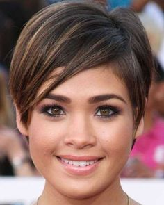 Pixie hairstyles fine hair for round face 2018 2019 - page from haircuts fo Pixie Cut Round Face, Short Hair Cuts For Round Faces, Pixie Haircut For Round Faces, Short Thin Hair, Round Face Haircuts, Hairstyles For Round Faces, Short Pixie, Short Hair For Round Face Double Chin, Thick Hair