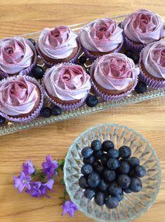 cupcakes med blåbærfrosting