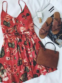 Find and save ideas about spring style on Women Outfits. Style Outfits, Mode Outfits, Fashion Outfits, Fashion Clothes, Trendy Fashion, Cute Dresses, Casual Dresses, Casual Outfits, Summer Dresses