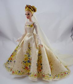 Wedding Cinderella 17'' Doll - LE 500 - Japan Disney Store - Deboxed - Standing - Full Right Front View