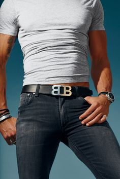 Belt by Bally. Jeans, Citizens of Humanity. T-shirt, Splendid Mills. Photo by Dan Forbes Style Casual, Men Casual, Superenge Jeans, Men In Jeans, Hommes Sexy, Dapper Men, Super Skinny Jeans, Stylish Men, Mens Tees
