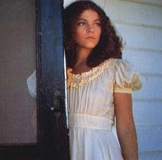 Amy Irving as Sue Snell in Carrie. | Carrie 1976 Sissy Spacek ...