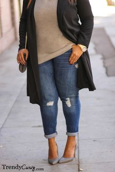 "trendycurvy: "" Duster Coat Outfit details in TrendyCurvy.com Photographer: Steve Suavemente """