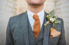 Art Deco Vintage Inspired Wedding at The Bell in Ticehurst with Eliza Jane Howell Wedding Dress & Liberty in Love Bridal Accessories Vintage Wedding Suits, Grey Suit Wedding, 1920s Wedding, Tuxedo Wedding, Orange Wedding, Art Deco Wedding, Wedding Attire, Chic Wedding, Wedding Styles
