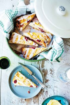Make Mum's day with a special celebration marked with these sweet treats for any time of day - morning tea, brunch, afternoon tea or dessert! Lime Meringue Pie, Meringue Desserts, Basic Scones, Raspberry Scones, 7 Cake, Cake Recipes, Dessert Recipes, How To Make Cake, Afternoon Tea