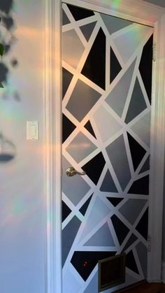 Bedroom Wall Designs, Wall Decor Design, Accent Wall Bedroom, Diy Wall Decor, Bedroom Decor, Accent Walls, Wall Painting Living Room, Wall Painting Decor, Painting Designs On Walls