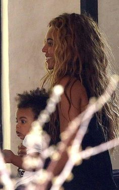 Beyonce and baby Blue along with Jay having lunch at Zptime restaurant in Paris.