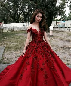 Beautiful Prom Dress, red prom dresses 2018 prom dress prom dress off the shoulder prom dresses formal gown sexy evening gowns red party dress prom gown for teens Meet Dresses Red Wedding Dresses, Prom Dresses 2018, Prom Party Dresses, Quinceanera Dresses, Formal Dresses, Dress Prom, Dress Long, Graduation Dresses, Prom Ballgown