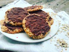 Když je chuť na něco pořádně sladkého ale tak, aby to nebyl zas takový Healthy Cookies, Ale, Menu, Treats, Vegan, Cooking, Sweet, Food, Healthy Biscuits