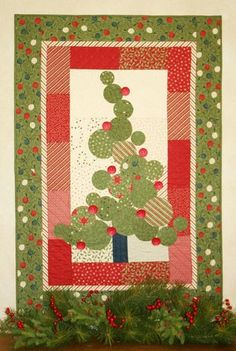 ~ Christmas Tree Quilt ~ Red Rooster Quilts: Shop....Rockefeller Rival Quilt Pattern....