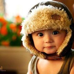 I never thought an aviator hat would be so adorable on a baby boy...love it!