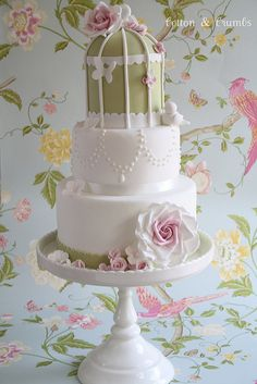 Gorgeous Cakes from Cotton & Crumbs - Two-tone pink & cream roses, birdcages & pearls