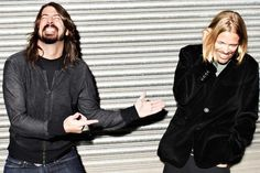 Dave Grohl and Taylor Hawkins - I cannot get over how cute this picture is