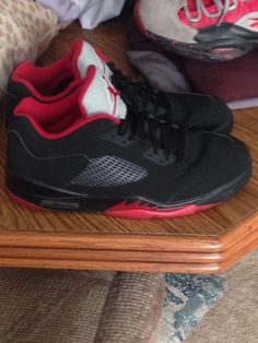 mens black and red jordan 5 low sneakers