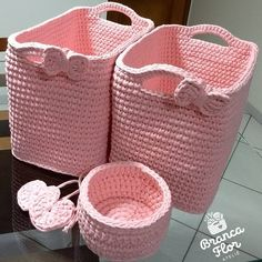 Gorgeous Crochet basket and wicker figures you should see Crochet Home, Love Crochet, Crochet Motif, Knit Crochet, Crochet Patterns, Diy Crochet Basket, Knit Basket, Crochet Storage, Crochet T Shirts