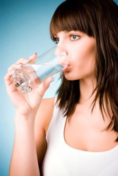 Drinking Liquids with Meals: Good or Bad?