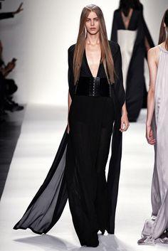 Ann Demeulemeester Spring 2013 Ready-to-Wear Fashion Show - Caroline Loosen (ELITE)