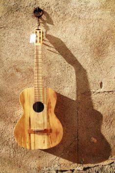 handmade ecological gitar from DEPALET ezebee.com