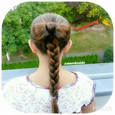 Hair bow and frenchbraid