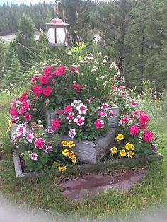flowers garden ideas, box planter, front yards, flower pots, stacked planters, clipboard, garden planter, container gardening, flower boxes