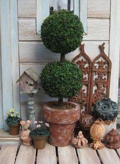 Topiary, love it.