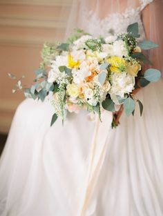Yellow and Peach Bouquet with Eucalyptus | Sara Hasstedt Photography | Floral Romance Wedding in Pastel Shades