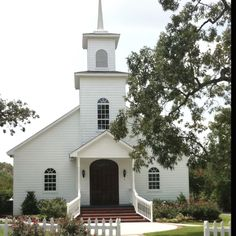 Pinterest country churches | Perfect little white chapel | + Country Churches +