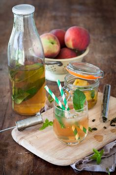 Ice Tea maison (pèche-menthe) - Expolore the best and the special ideas about Cocktails Detox Recipes, Healthy Recipes, Juice Recipes, Apple Cider Vinegar Detox, Cocktail Recipes, Cocktails, Veggie Juice, Natural Detox Drinks, Homemade Ice