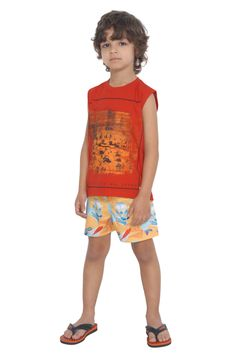 Camiseta de meia malha regata estampada. Referência: 1290 Conjunto de shorts d'água e chapéu pescador estampados. Referência: 1292