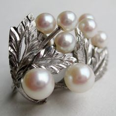 Vintage 50s Japanese Mikimoto Style Genuine Pearl Earrings