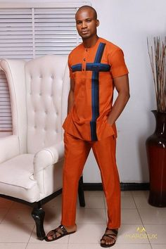 Latest Nigerian men traditional and native wears styles and designs for Naija men to rock. these are the best native senator styles for men African Male Suits, African Dresses Men, African Clothing For Men, African Shirts, African Attire, African Wear, African Outfits, African Style, African Dashiki