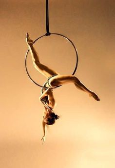 Complementary sports to Pole Dance - aerial hoop scorpio