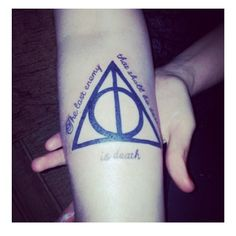 """I'm so getting this when I'm older!! #harrypotter #thedeathlyhallows #thelastenemythatshallbedestroyedisdeath #harrypottertattoo #hptattoo"""
