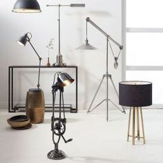 50 Awesome Industrial Farmhouse Design Ideas to Complement Your Home In If you are looking for [keyword], You come to the right place. Below are the 50 Awesome Industrial Farmhouse Design Ideas . Industrial Farmhouse Decor, Farmhouse Lamps, Industrial Home Design, Industrial House, Farmhouse Design, Country Style Living Room, Painted Brick Walls, Bright Homes, Lighting Sale
