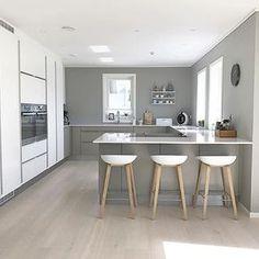tavoli da cucina alti con sgabelli - Cerca con Google | Casa: come ...