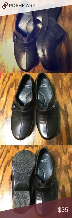 "Black Dansko professional work shoe. New Dansko shoe size 37. (7), Brand new, 1 3/4"" heal. Dansko Shoes Mules & Clogs"