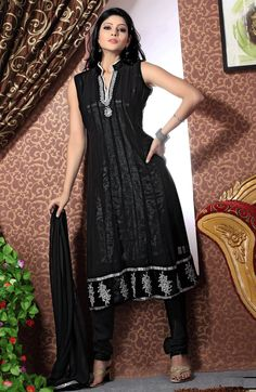 Black Color Churidar Kameez
