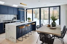 """For a small kitchen """"spacious"""" it is above all a kitchen layout I or U kitchen layout according to the configuration of the space. Open Plan Kitchen Living Room, Kitchen Room Design, Kitchen Dinning, Modern Kitchen Design, Home Decor Kitchen, Interior Design Kitchen, Home Kitchens, Dining Room, Kitchen Ideas"""
