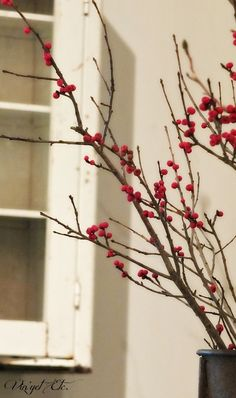 Make your own fake Winterberry or Hollyberry branches for Christmas! (She says it cost about $2 and took under an hour to make!) | Vin'yet Etc.