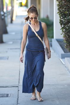 Minka Kelly - I really like this dress. The drape of the fabric, the fact that you can dress it up or down. Lovely.