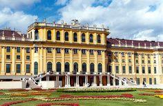 シェーンブルン宮殿と庭園群 オーストリア