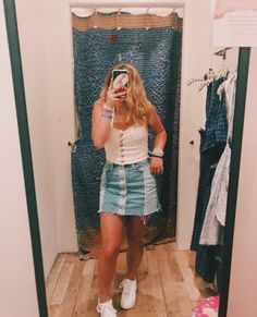 Plaid Fashion, Tomboy Fashion, Fashion Outfits, Women's Fashion, Fasion, Fashion Clothes, Fashion Trends, Spring Outfits, Trendy Outfits