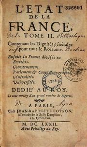 94) LIVREE DANS LA MAISON CIVILE DU ROI: Les demandes sont si nombreuses que sont établis des Etats de permission (172 à 179, couvrant la période de 1723-1789). Certaines demandes, issues d'officiers proches du roi, comme l'instituteur des enfants de France ou le dentiste du souverain, se justifient pleinement. Mais l'autorisation est également donnée à des personnes ayant un rapport plus lointain avec le roi, non seulement le prestige de l'habit rejaillit sur elles, mais c'est un moyen…