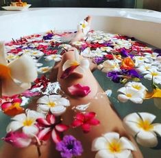I bloom just for you 🌹🍁🌸🌻🌺🍀🌷 11 Year Anniversary, Treat Yourself, Make It Yourself, Bridal Tips, Interactive Posts, Dream Bath, Body Confidence, Spa Treatments, Girly Things