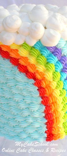 This Buttercream Rainbow Cake Tutorial is perfect for St. Patrick's Day or year-round celebrations! Check out our free cake tutorial featuring beautiful buttercream piping! Cake Decorating Designs, Easy Cake Decorating, Cake Decorating Techniques, Decorating Ideas, Fancy Cakes, Cute Cakes, Rainbow Cake Tutorial, Fondant Tutorial, Cake Piping
